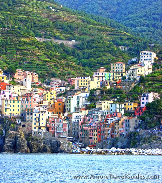 Riomaggiore Village – Cinque Terre – History, Hiking & Travel Tips