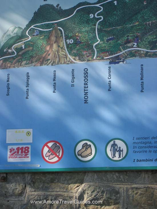 Via dell' Amore No Hiking in Stilletos Sign